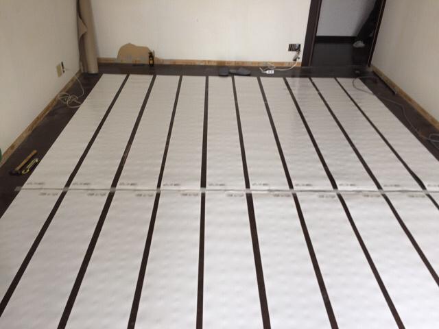 床暖房重ね張り工事